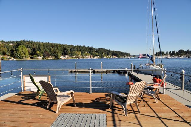 waterfront-inn_deck-2