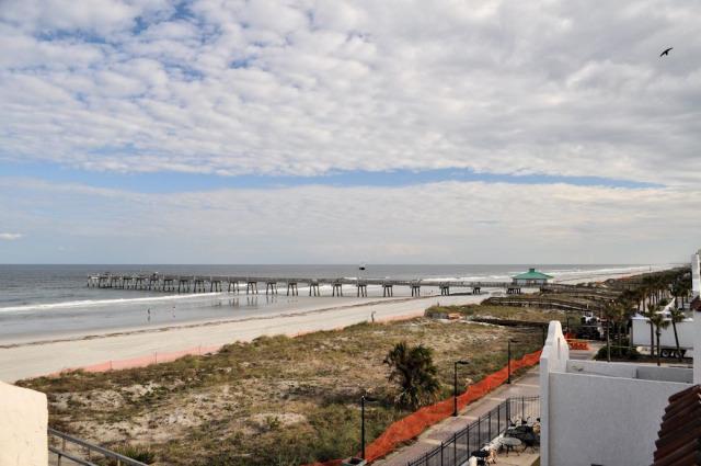 The Jacksonville Pier in Jacksonville Beach, FL.