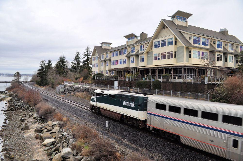 BellinghamWashington_TheChyrsalisInn_AmtrakTrain